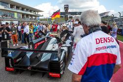 Hugues de Chaunac admiring Audi R18 E-Tron Quattro