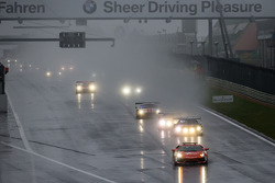 Safety car lidera o grid