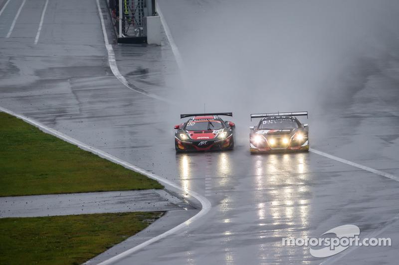 #1 Belgian Audi Club Team WRT Audi R8 LMS Ultra: Cesar Ramos, Laurens Vanthoor, Christopher Mies e #