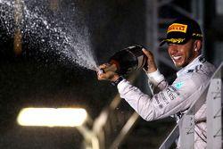 梅赛德斯AMG F1车队刘易斯·汉密尔顿