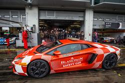 Carro de segurança Lamborghini Aventador