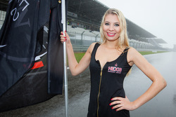 A very wet grid girl