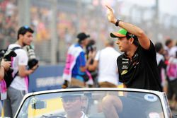 Sergio Pérez lors de la parade des pilotes