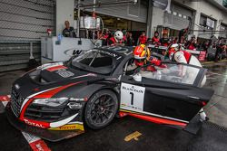 Pitstop: #1 Audi Belçika Klübü, WRT Audi R8 LMS Ultra Takımı: Cesar Ramos, Laurens Vanthoor, Christopher Mies