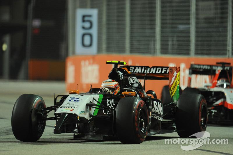Sergio Pérez, Sahara Force India F1 VJM07 con un ala delantera dañada