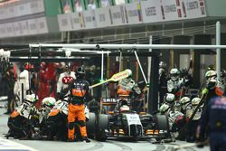 塞尔吉奥·佩雷斯, 印度力量F1 VJM07赛车,进站