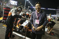 Joe Wee on the grid
