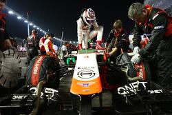Max Chilton, Marussia F1 Team MR03 en la parrilla