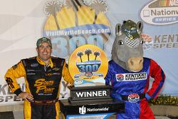 Vencedor corrida Brendan Gaughan