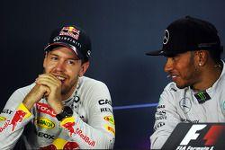 1. Lewis Hamilton, Mercedes AMG F1; 2. Sebastian Vettel, Red Bull Racing