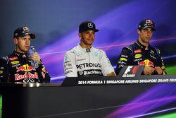 Conférence de presse FIA après course: Lewis Hamilton, Mercedes AMG F1, 1er; Daniel Ricciardo, Red Bull Racing, 3ème