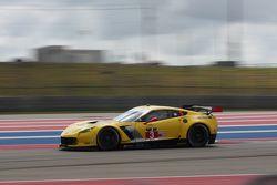 #3 Corvette Racing Chevrolet Corvette C6 ZR1: Jan Magnussen, Antonio Garcia