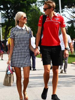 Max Chilton, Marussia F1 Team, mit Freundin Chloe Roberts