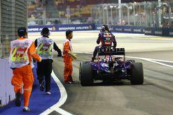 Sebastian Vettel stoppé à la fin des EL1
