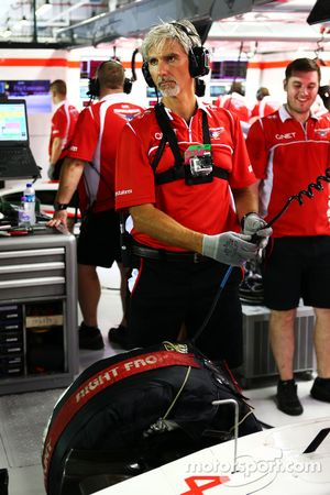 Damon Hill, Sky Sports F1, als Mechaniker beim Marussia F1 Team