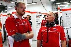 Johnny Herbert, Sky Sports F1, als Mechaniker beim Marussia F1 Team