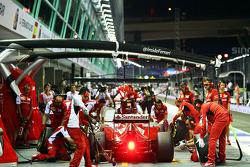 Kimi Raikkonen, Ferrari F14-T pit stop
