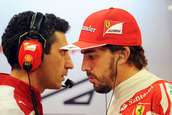 Andrea Stella, Ferrari Race Engineer with Fernando Alonso, Ferrari