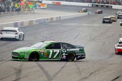 Ricky Stenhouse Jr., Roush Fenway Racing Ford en difficulté