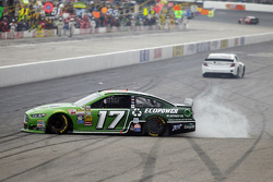Ricky Stenhouse Jr., Roush Fenway 福特车队,遇到问题