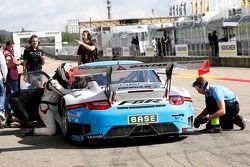 #5 Farnbacher Racing Porsche 911 GT3 R: Robert Lukas, Nathan Morcom