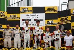 Podium: 1ers Kelvin van der Linde, Réne Rast, 2èmes Robert Renauer, Dominik Schwager, 3èmes Fabian Hamprecht, Nicki Thiim