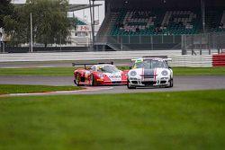 #44 Track Sport Europe Ltd Porsche 997 GT3 Cup: Arjo Ghosh, #7 Mosler MT900 GT3: Kevin Riley