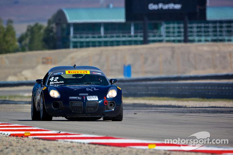 #42 Go 4 It Racing Pontiac Solstice GXP: Lisa Noble