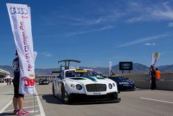 #08 Dyson Racing Team Bentley Bentley V8 T: Батч Ляйцингер