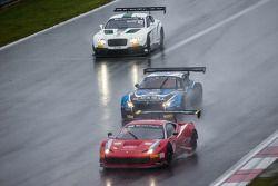 #458 GT Corse by Rinaldi Ferrari 458 Italia: Pierre Ehret, Alexander Mattschull, Frank Schmikler ; #79 Ecurie Ecosse BMW Z4: Andrew Smith, Alasdair McCaig, Oliver Bryant