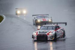 #80 日产 GT学院车队 RJN 日产 GT-R Nismo GT3: 尼克·麦克米伦, 弗洛里安·斯特劳斯, 阿历克斯·本库姆