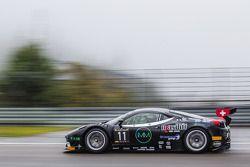 #11 Kessel Racing Ferrari 458 Italia: Michael Broniszewski, Alessandro Bonacini, Marco Frezza