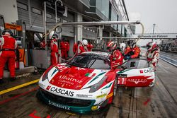 Pitstop: #51 AF Corse Ferrari 458 İtalya: Filipe Barreiros, Peter Mann, Francisco Guedes