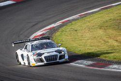 #26 Sainteloc Racing Audi R8 LMS Ultra: Stéphane Ortelli, Edward Sandström, Grégory Guilvert