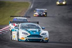 #44 Oman Racing Team Aston Martin Vantage GT3: Ahmad Al Harthy, Stephen Jelley, Michael Caine