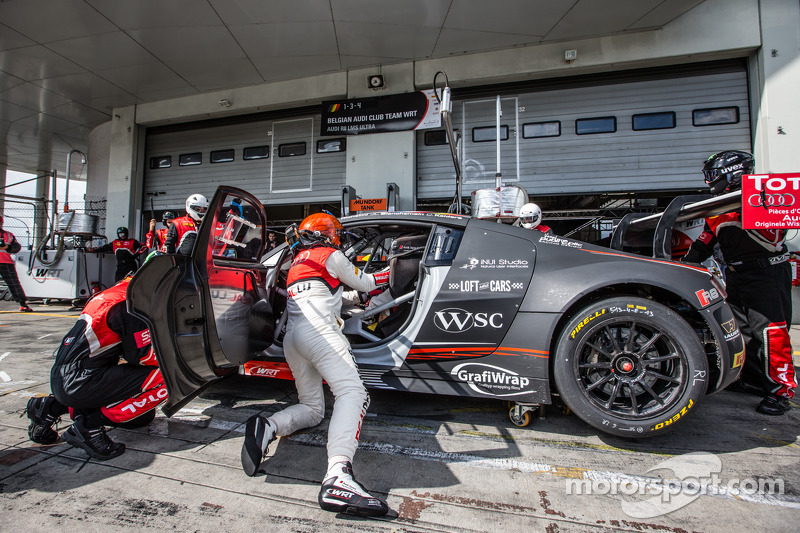 #4 Belgian Audi Club Team WRT Audi R8 LMS Ultra: Christian Kelders, Jean-Luc Blanchemain, Stéphane Richelmi