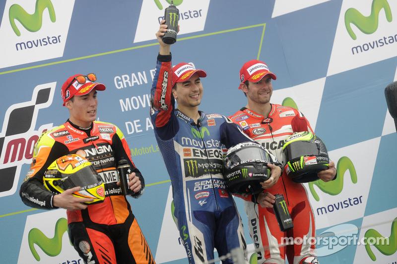 Podio GP de Aragón 2014: 1º Jorge Lorenzo, 2º Aleix Espargaró, 3º Cal Crutchlow