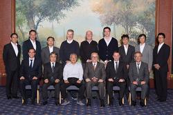 Photo de groupe pour le troisième meeting DTM - Super GT