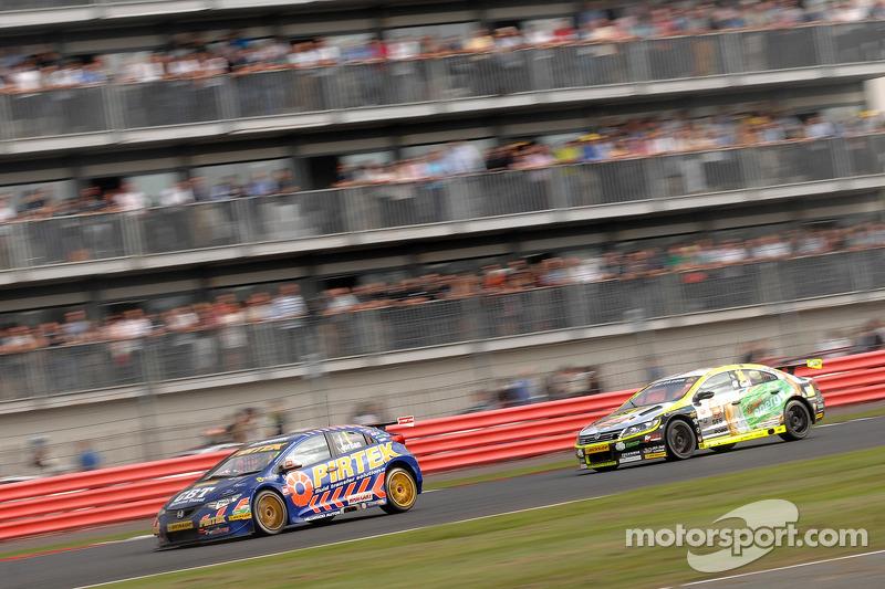 Andrew Jordan, Pirtek Racing at Silverstone