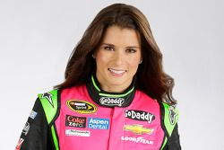 Danica Patrick : Combinaison spéciale pour Breast Cancer Awareness