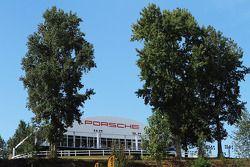 Porsche konuk evi