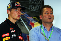 Max Verstappen avec son père Jos Verstappen