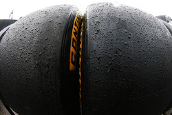 Continental tires : pluie