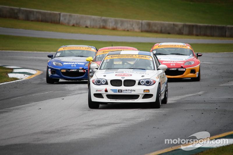 #22 Burton Racing 宝马 128i: Hugh Plumb, Connor Bloum