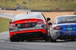 Compass360 Racing Honda Civic: James Vance, Jon Miller en #5 CJ Wilson Racing Maxda MX-5: Stevan McA