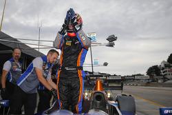 Pole position Jack Hawksworth heureux