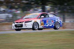 #44 CRG Honda Civic: Srah Cattaneo, Owen Trinkler