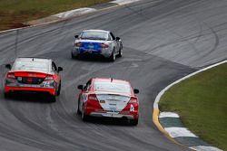#4 LRT Racing Honda Civic: Juan Leroux, Jorge Leroux en Compass360 Racing Honda Civic: James Vance,