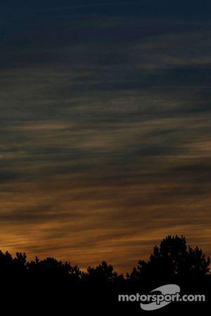 Road Atlanta üzerinde gün batımı
