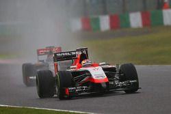 Jules Bianchi, Marussia F1 Team MR03; Adrian Sutil, Sauber C33